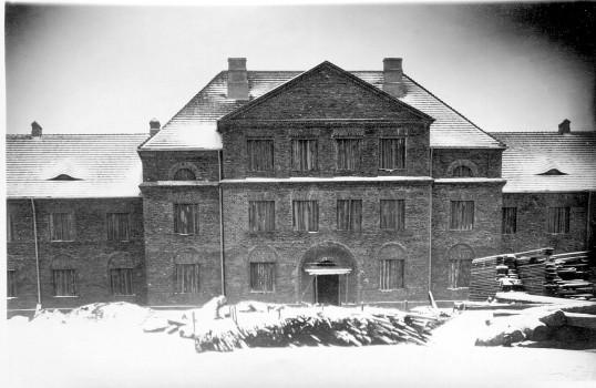 Budowa Szkoły Podstawowej nr 1. Lata 20-ste XX w.