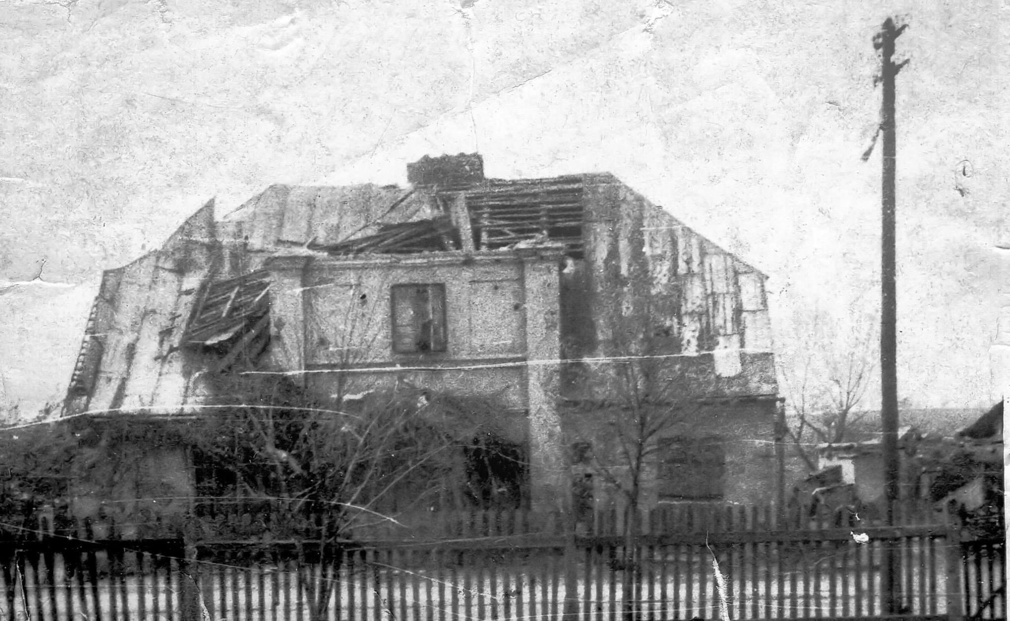 Budynek na ul.Słowackiego po huraganie w 1958r.