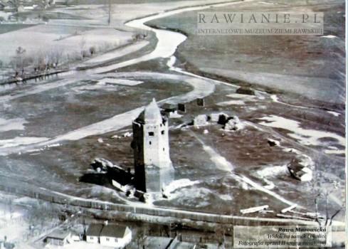 Ruiny zamku z lotu ptaka - przed II WŚ